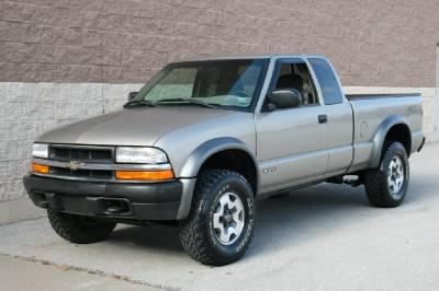 2000 Chevrolet S-10 ZR-2