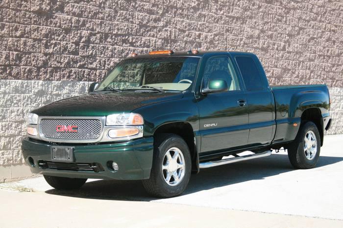 2004 GMC Sierra Denali