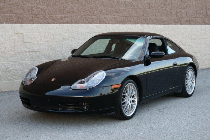 2000 Porsche 911 Carrera C2