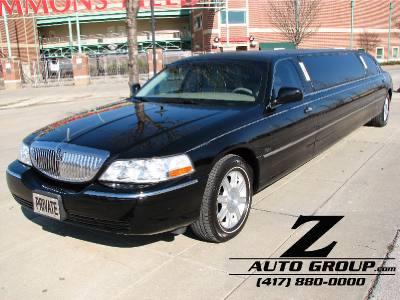 2007 Lincoln Town Car Executive w/Limousine Pkg