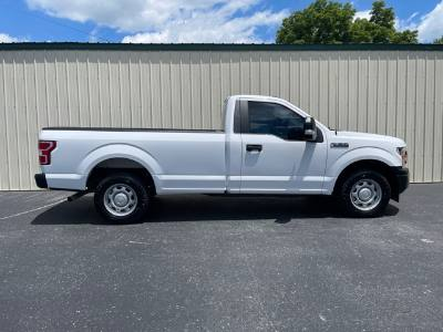 2019 Ford F-150 8ft pickup bed XL nice clean truck