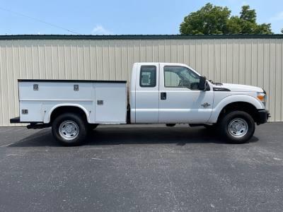 2011 Ford Super Duty F-350 SRW Excab 4x4 Diesel service utility bed Nice truck
