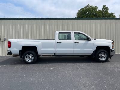 2016 Chevrolet Silverado 2500HD Crew cab 8ft pickup bed clean truck