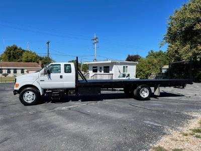 2000 Ford Super Duty F-650 7.3L Diesel 6 speed Manual Flatbed Hard to Find