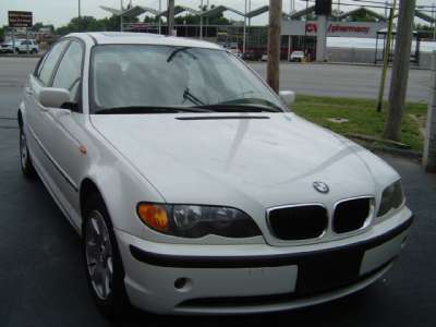 2003 BMW 325i 3 Series