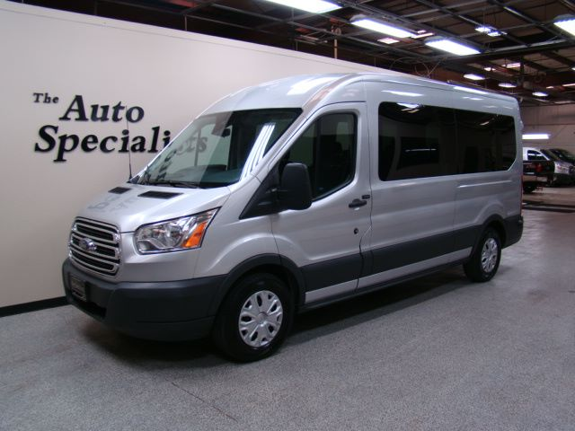 2015 Ford Transit Medium Roof XLT