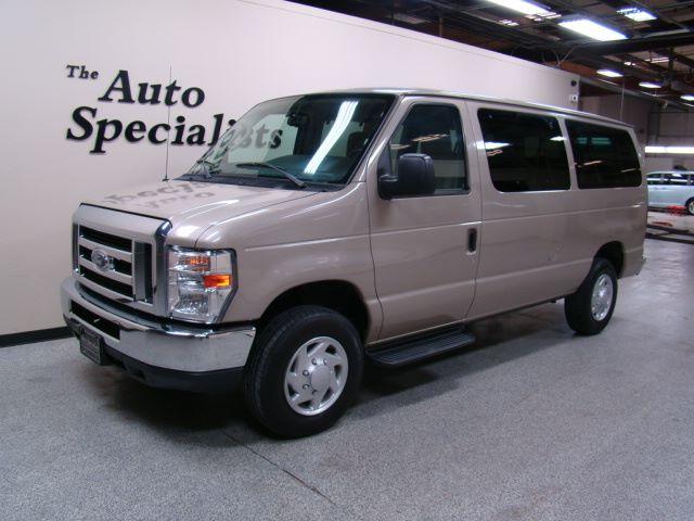 2013 Ford Econoline Wagon XLT