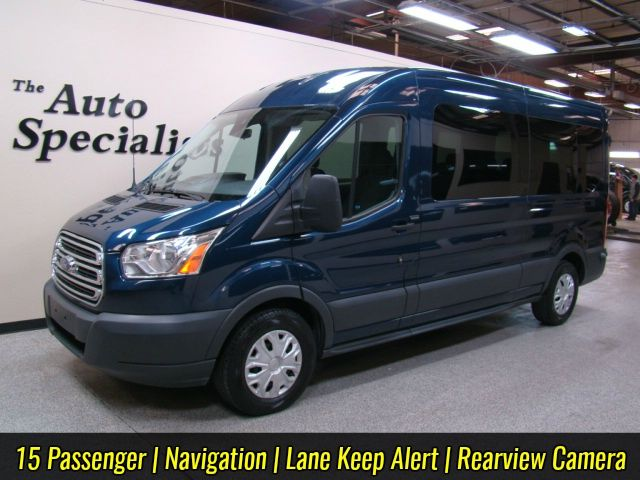 2015 Ford Transit Medium Roof 15 Passenger XLT