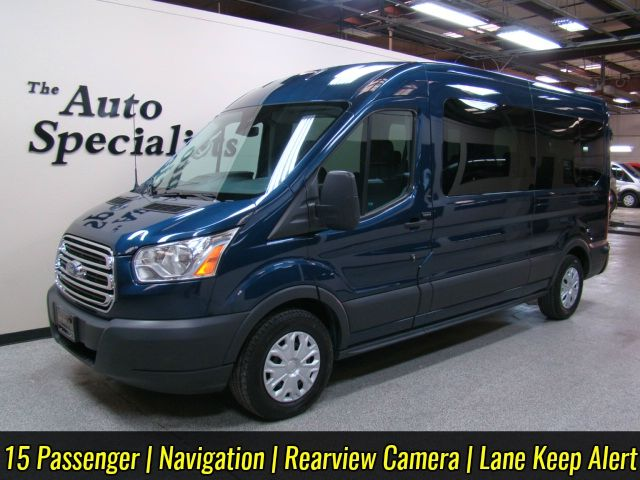 2015 Ford Transit 15 Passenger Medium Roof XLT