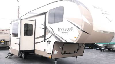 2018 FOREST RIVER ROCKWOOD 8297S