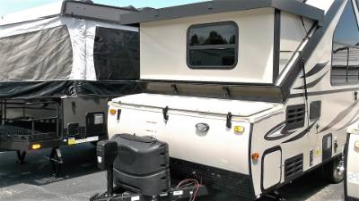 2019 FOREST RIVER ROCKWOOD PREMIER 214 HW