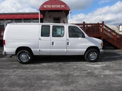 2002 Ford Econoline Cargo Van