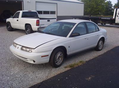 1999 Saturn SL2 **NEEDS WORK**