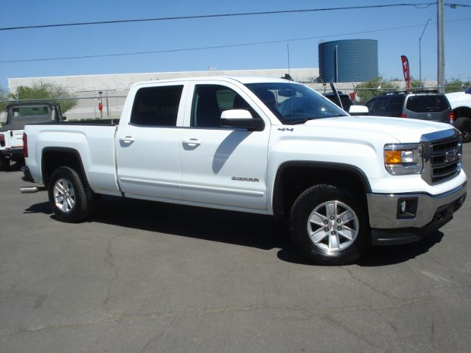 2015 GMC Sierra 1500 4x4 Crew Cab, Low Miles, Finance Available
