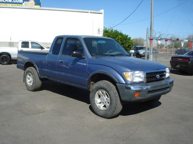 1999 Toyota Tacoma Xtracab 4x4,