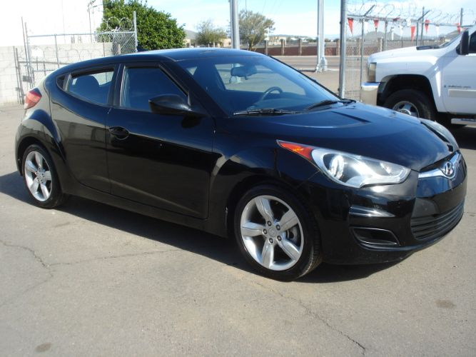2013 Hyundai Veloster Low Miles, Low Down, Low Payments
