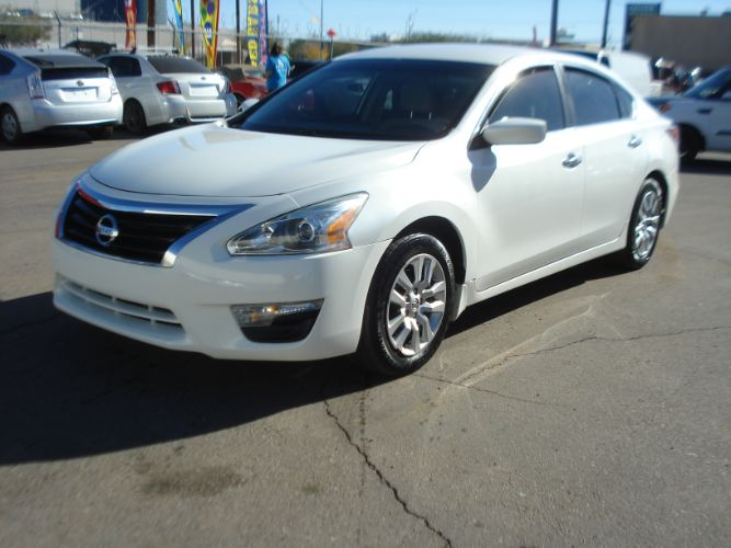 2015 Nissan Altima 2.5 s, EZ Finance Available