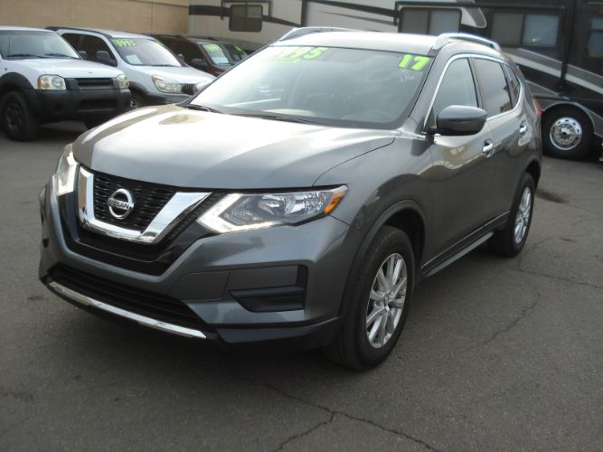 2017 Nissan Rogue SV, Low Miles, Finance Available,