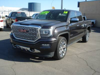 2016 GMC Sierra Denali 4wd Loaded Denali, Super Low Miles, Finance Avail