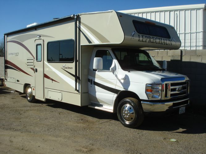 2017 Forest River Leprechaun M-260 RS Class C RV, Low Miles