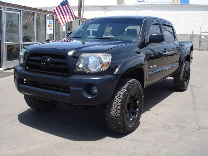 2010 Toyota Tacoma Double Cab 4x4, EZ Finance, Low Miles