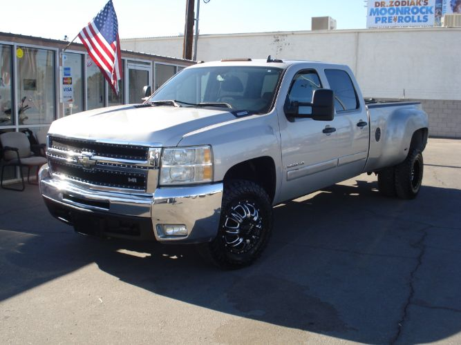 2008 Chevrolet Silverado 3500HD Crew Cab Dually Duramax Diesel, Finance Available