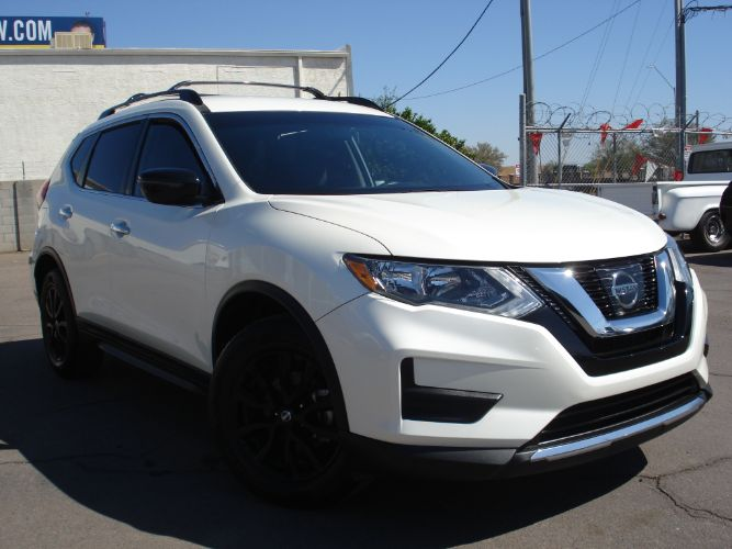 2017 Nissan Rogue SV Low Miles, Finance Available