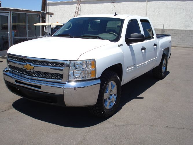 2013 Chevrolet Silverado 1500 Hybrid Crew Cab 4x4, Finance Available, Low Payments