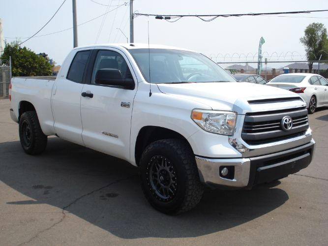 2015 Toyota Tundra 4WD Truck SR5 Double Cab, Finance Available, Low Down