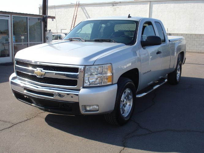 2011 Chevrolet Silverado Ext Cab LT Finance is EZ Here, Low Down, Low Payments