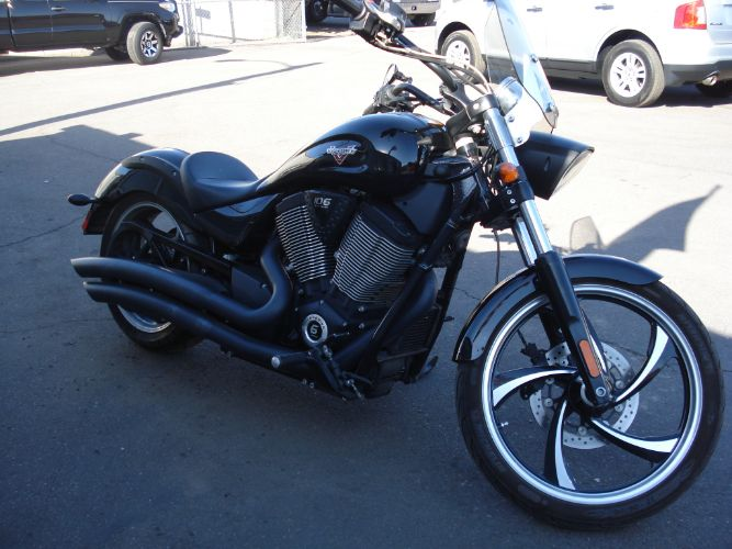 2013 VICTORY 8-BALL FINANCE AVAILABLE