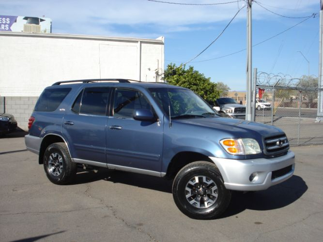 2004 Toyota Sequoia Nice SR5, Low Miles, Third Row Seating