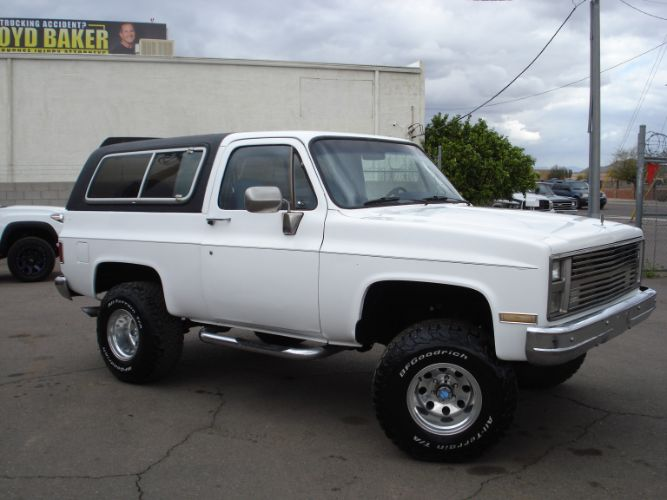 1986 GMC K15 Jimmy Badass Squarebody, Lift Kit, Nice Blazer