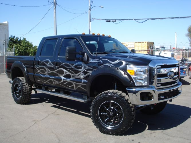 2011 Ford Super Duty F-350 SRW Lifted Lariat 4x4, 6.7 Diesel, Finance Available