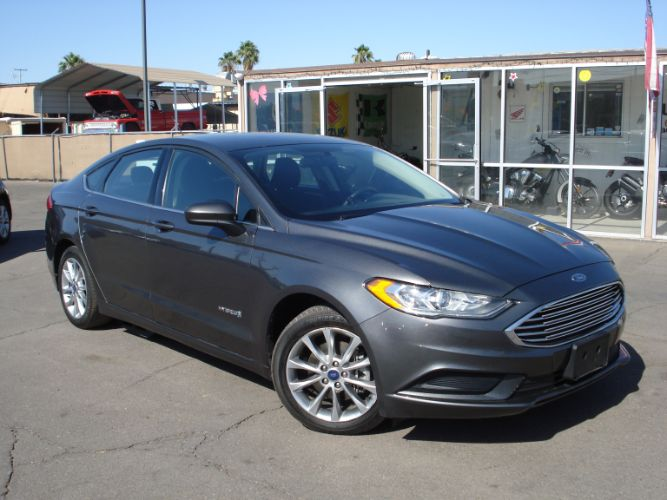 2017 Ford Fusion Hybrid SE Save on Gas Today!, Finance is EZ Here
