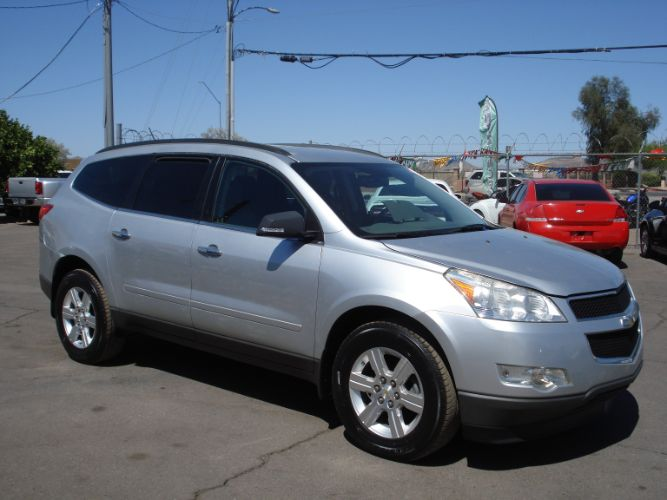 2012 Chevrolet Traverse 2LT, Third Row Seating, EZ Finance Available