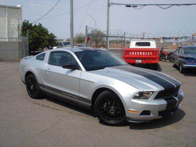 2010 Ford Mustang Finance is EZ Here, Low Down, Low Payments