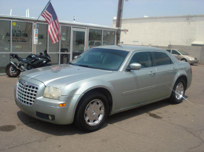 2005 Chrysler 300 EZ Finance Here