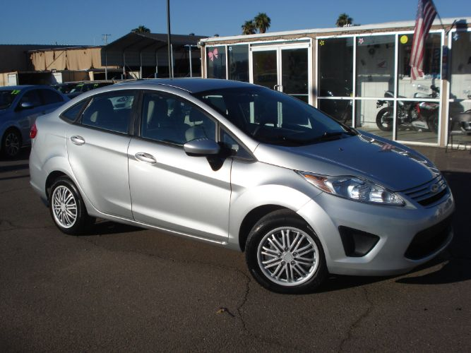 2012 Ford Fiesta Finance is EZ Here