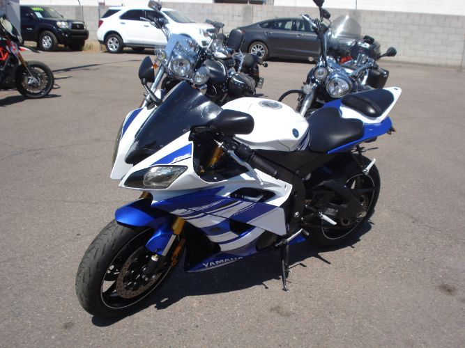 2014 YAMAHA R6 LOW DOWN EASY FINANCE RIDE TODAY!!!