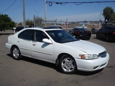 2001 Nissan Altima Low Miles, Great Car