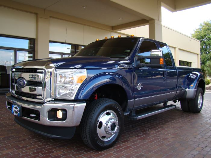 2012 Ford Super Duty F-350 DRW LARIAT SUPERCAB FX4 DIESEL