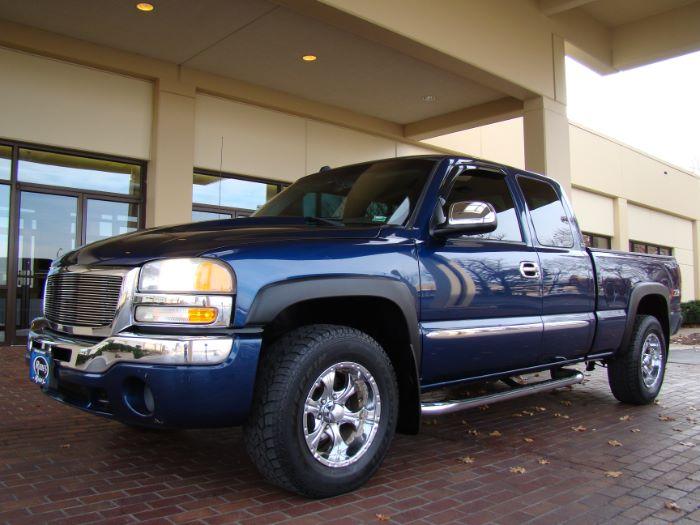 2004 GMC Sierra 1500 SLE EXT CAB 4X4