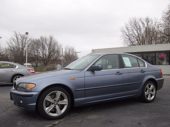 2004 BMW 3 Series 330xi