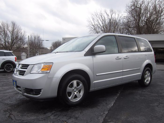 2008 Dodge Grand Caravan SXT STOW N GO