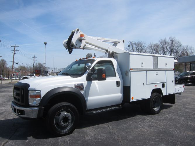 2008 Ford Super Duty F-550 DRW DIESEL BUCKET TRUCK