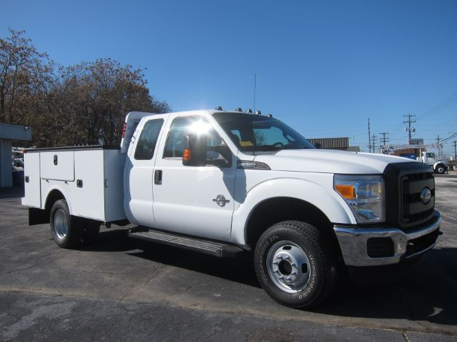 2012 Ford SUPER DUTY F-350 XL EXT CAB 4X4 6.7 DIESEL