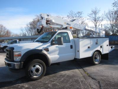 2010 Ford SUPER DUTY F-550 DIESEL ~ BUCKET TRUCK ~ ALTEC AT37G ~ INSULATED