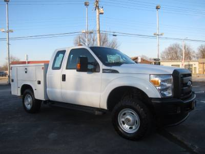 2014 Ford SUPER DUTY F-250 EXT CAB 4X4 6.2 V8 ~ COVERED BED ~ INVERTER
