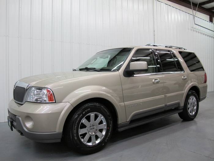 2004 Lincoln Navigator ULTIMATE 4X4